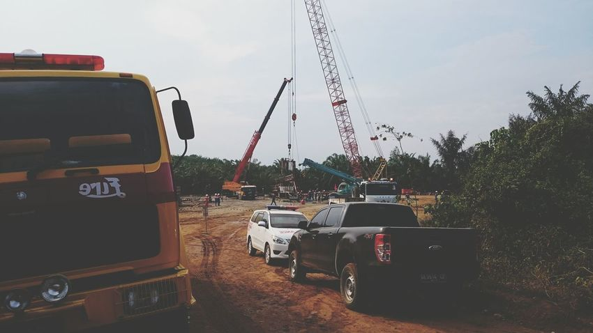 Kuala dalam rig killing down. Rig INDONESIA Zemiphoto Firetruck Safety