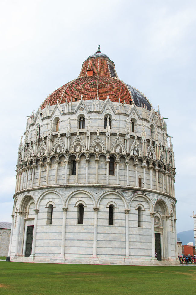 Piazza dei Miracoli with Dome Santa Maria Assunta, Battistero di San Giovanni in Tuscany Architecture Built Structure Cloud Cloud - Sky Day Dome Façade Grass Lawn Outdoors Piazza Dei Miracoli Pisa Pisa, Italy Sky Tourism Travel Destinations