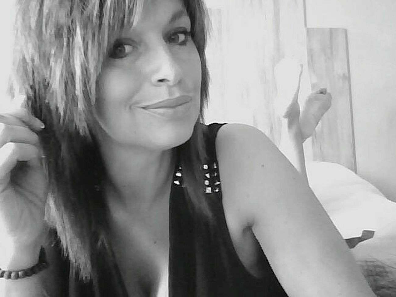 Taking Photos Selfie ✌ That's Me Black And White Taking Time New Haircut At Home Sweet Home Weekend Goodtime