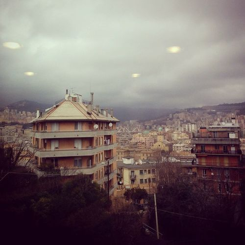 On a lousy friday afternoon , waiting for an exam ! Lifeinshots Genova Nature Lousytimes Afternoons Afterlunch Waitingforanexam Clouds Mammamia Hatejanuary