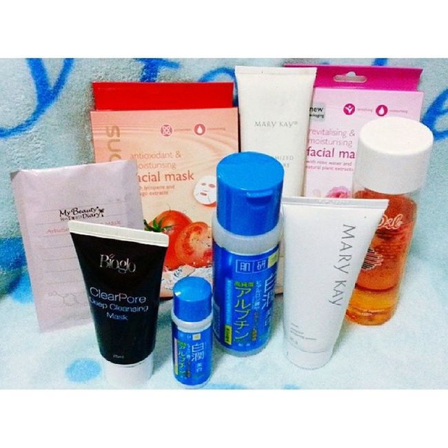 Day 14 : Care Its not much. They're affordable and cheap. But yet I find it difficult to use this products. I'm just so lazy to apply everyday on my face. So I seldomly use it. Masks MaryKay Hadalabo BioOil Bioglo Cosway products fmsphotoaday day14 Care