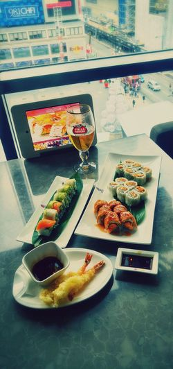 Springsushi Toronto Foodwithaview Sushi Dragon Roll Beer Fancylunch Fancy Lunch Ryerson Views Dundas10 Dundas Square