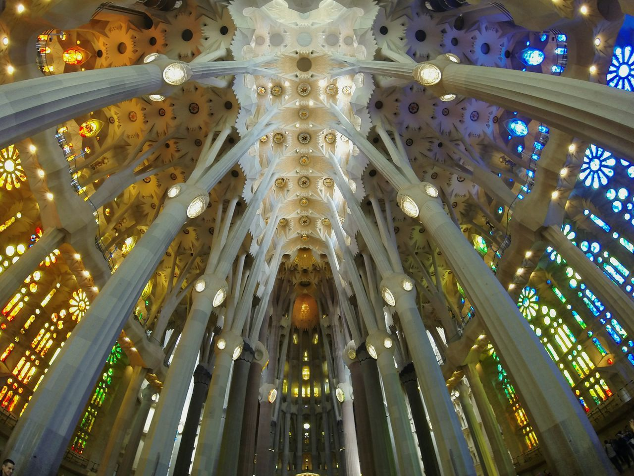 Sagrada Familia ⛪ Architecture Indoors  Place Of Worship Spirituality Low Angle View Travel Destinations DayReligion España🇪🇸 Sagrada Familia Sagradafamilia Sagradafamiliachurch Gaudi Barcelona Barcelona, Spain SPAIN Church Gopro GoPro Hero3+ Goprooftheday Goprohero3 Goprophotography Low Angle View Ceiling Place Of Worship First Eyeem Photo