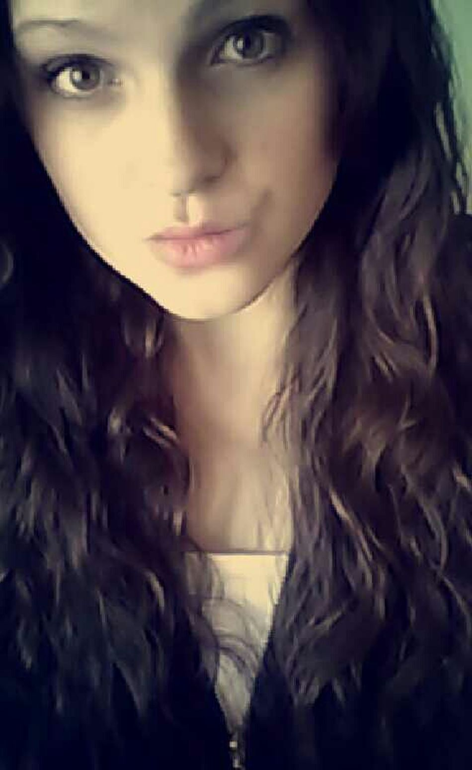 Pout:* Curly Hair Cute❤ Taking Photos