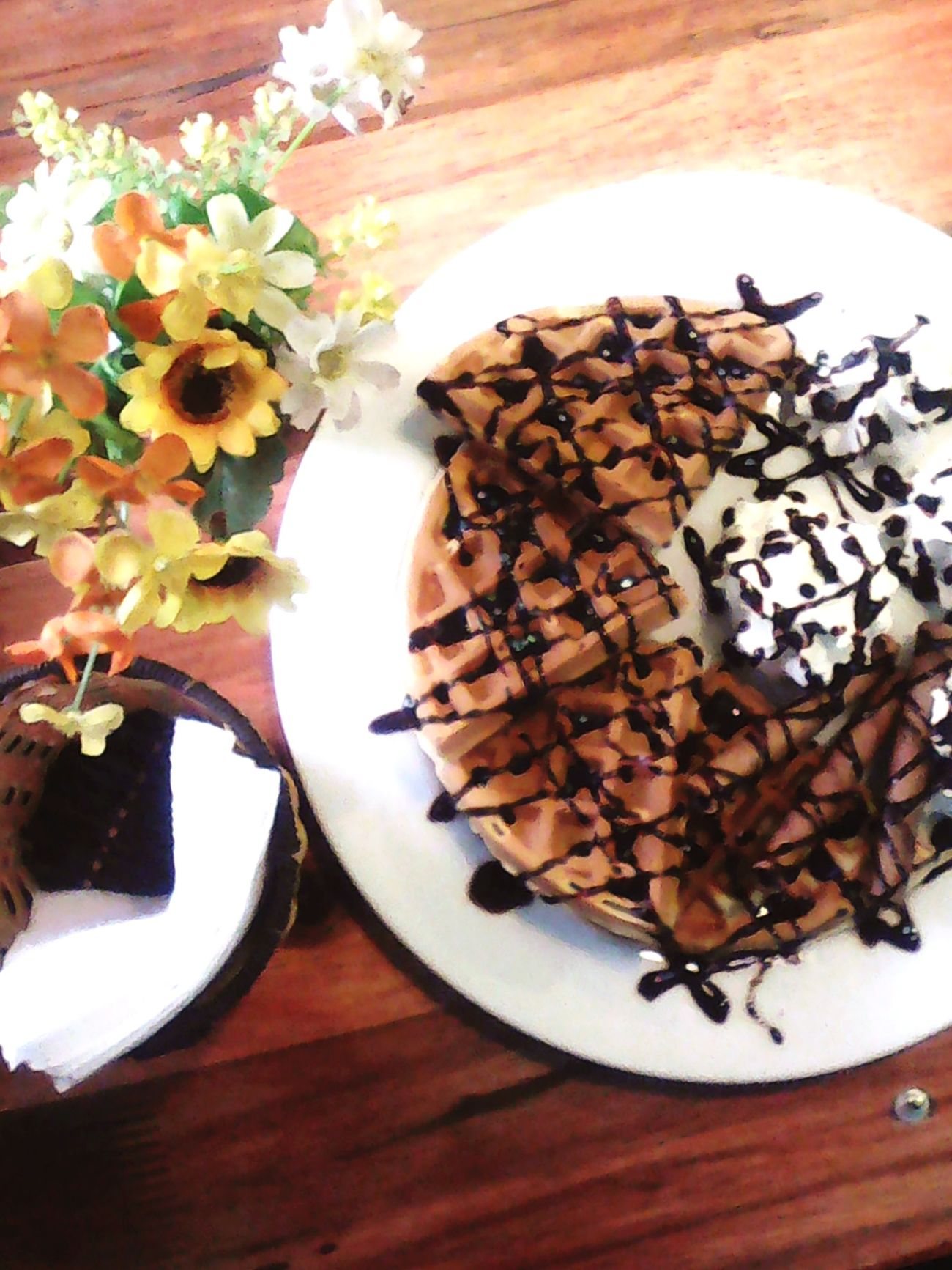 Foodporn Waffle Coffee Shop Relaxing Time Chocolate Cream Goodtime Coffee Lonely Hungry