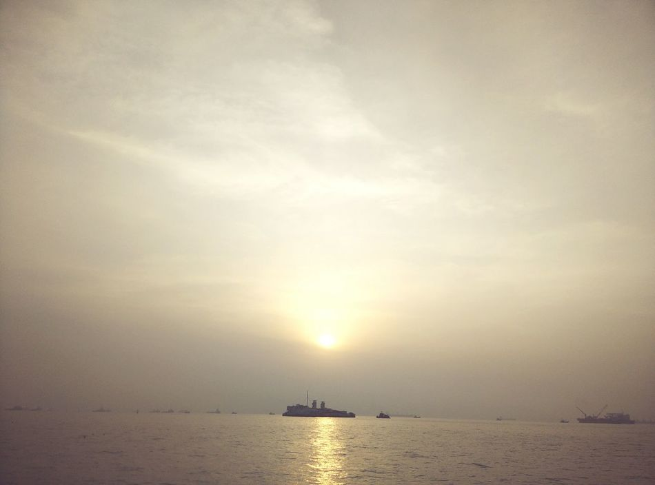 India Sea And Sky Seaandsun Water Water Reflections Scenery Scenic View Sunrise First Eyeem Photo