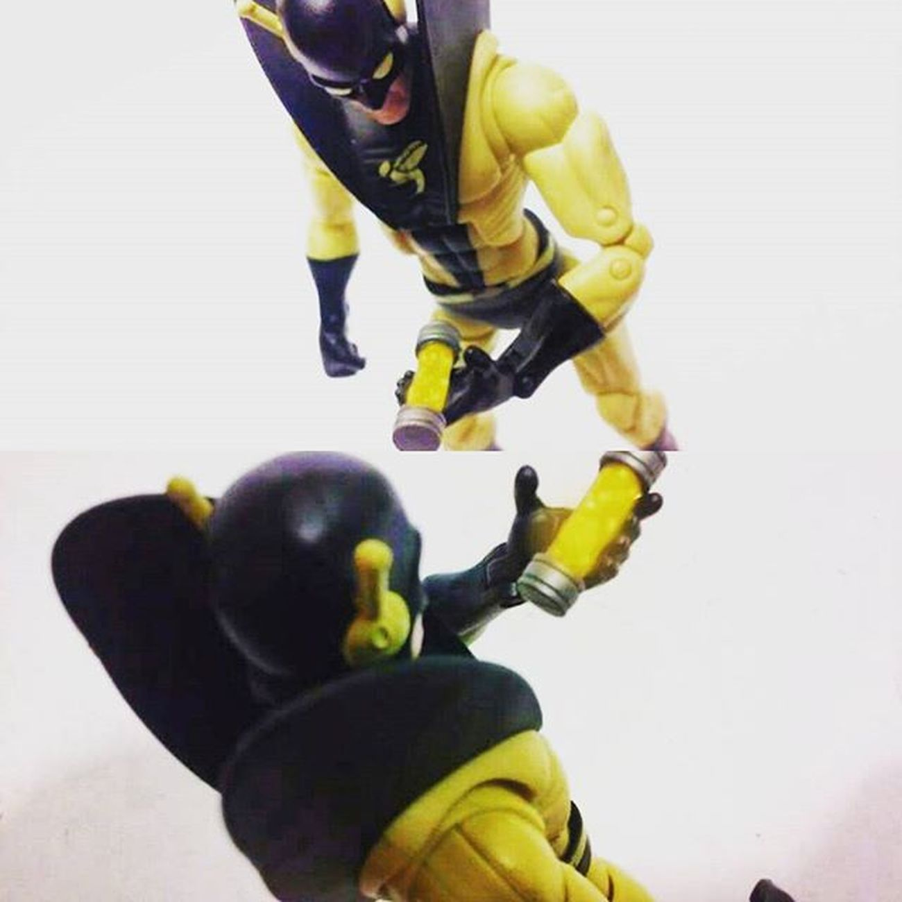 """Ive Done it..i've finally recreated the Pymm's particles.."" Marvellegends Yellowjacket Hankpymm Antman Pymmparticcles Toysrmydrug Toybiz Toys4life Actiontoyart Actionfigures Articulatedcomicbook Theavengers Actionphotography Nerd Hasbro Disney Infiniteseries Avengers Tcb_peekaboo Marvelentertainment Tcb_flyupandaway Daroncross Mcu Figures Figurecollection"