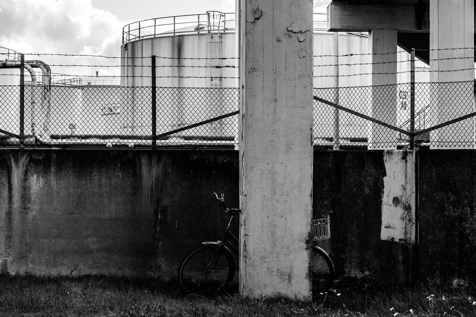 industrial mode of transport, more or less... Black And White Black And White Photography Blackandwhite Bycicle Hamburg Hamburg Harbour Hamburger Hafen Hamburgmeineperle Industrial Landscapes Industrial Photography Industrie Industriekultur Industry Mode Of Transport Nikonphotographer Nikonphotography Open Edit Outdoor Photography Outdoors Petrol Raffinerie Refinery Rough Silo Urban Industry
