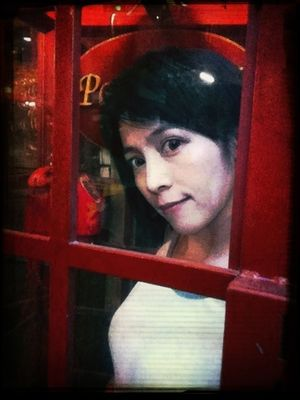 Telephone Box in Bangkok by INoozh Yarinda