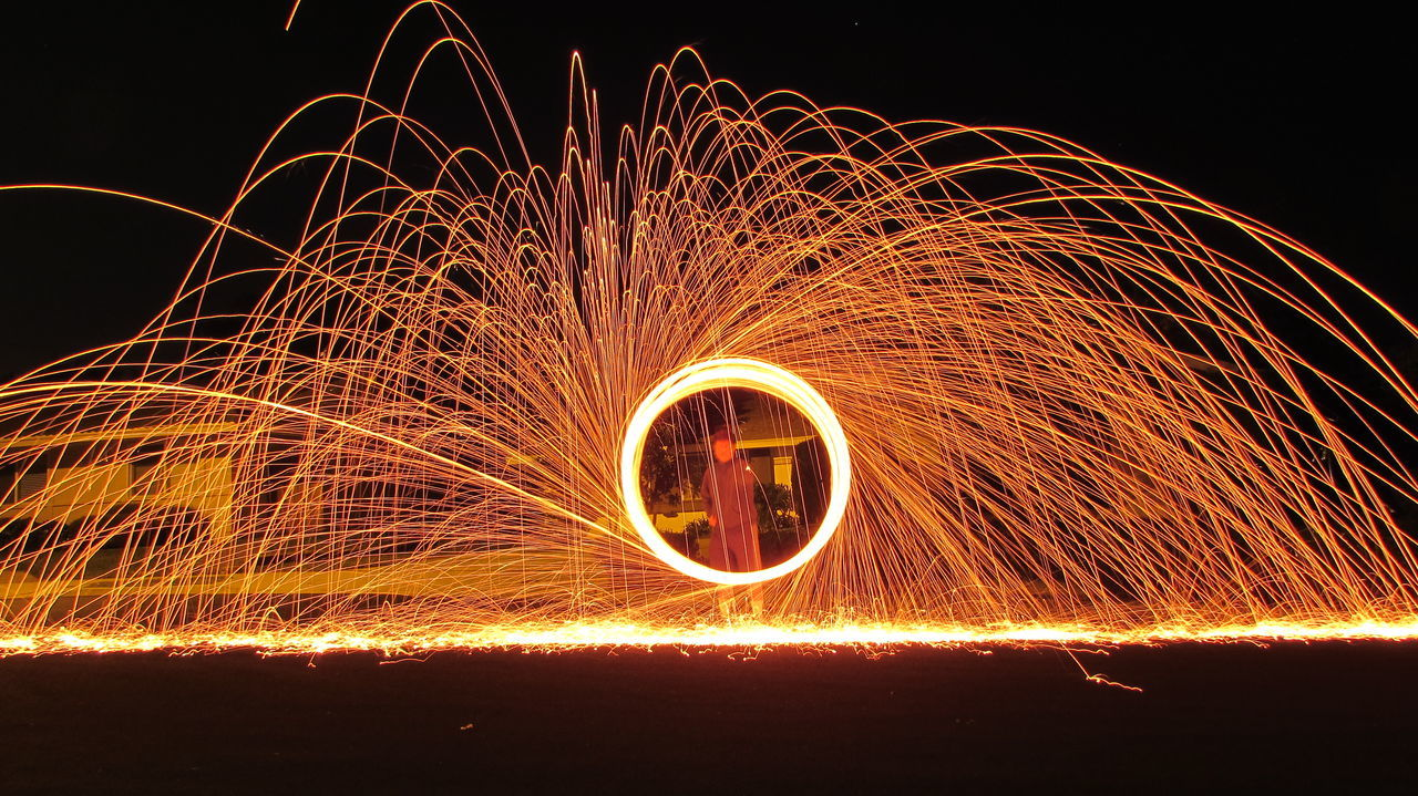 Circle Light Loop Nightphotography Outdoors Painting With Light Ring Slow Shutter Slow Shutter Speed Sparks