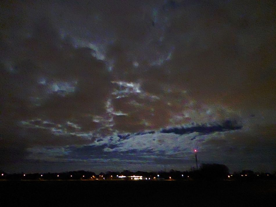 Creepy Sky Last Night Bicycling Home Tranquil Scene Nature Scenics Tranquility Looking Up😍 Springtime💛 For My Friends 😍😘🎁 Perfect Sky Mood Captures Beauty In Nature Dramatic Sky Nightphotography nightshots