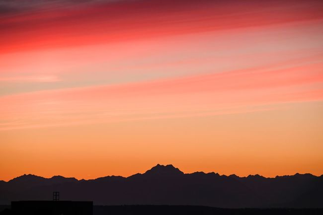 Olympic Mountains Sunset Scenics Silhouette Mountain Tranquil Scene Beauty In Nature Tranquility Nature Sky Orange Color Idyllic Majestic Cloud - Sky Non-urban Scene Physical Geography Atmosphere Romantic Sky Mountain Range Dramatic Sky Atmospheric Mood