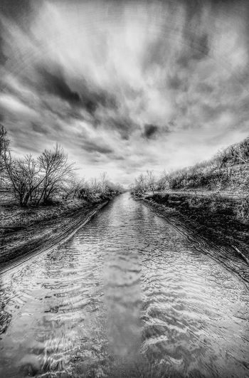 Independence Creek a inlet to the Missouri river outside town. Atchisonks Hanging Out Check This Out Hello World Enjoying Life Waterscape Wow_bnw World Kansasphotos Kansasphotographer Wow_america Blackandwhite Wow_america_landscape Kansas Fuckyeah Wow_america_hdr Kansasnature