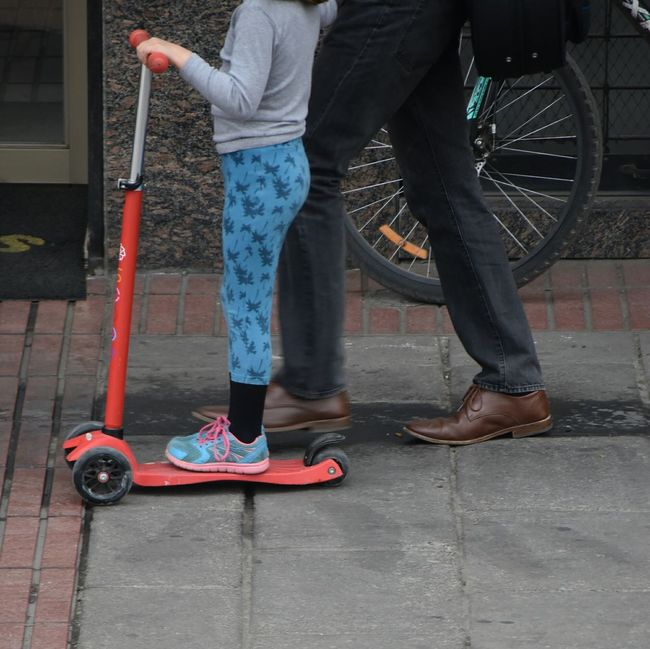 Lifestyles Human Foot Shoe Jeans Men Casual Clothing Chile Santiago De Chile Streetphotography City Street City Life NikonD5500 Nikon The Color Of Business Street Urbanphotography Transportation Mode Of Transport Father And Daughter Fathers Day Father's Day Father & Son Fathersday