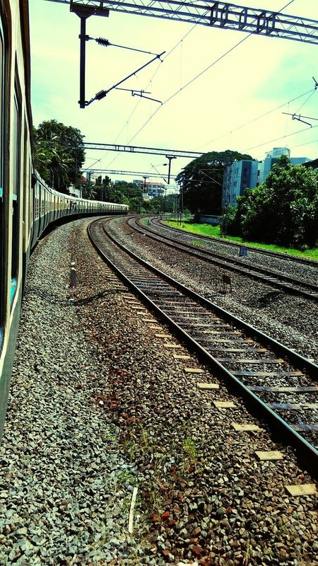Traveling In Train Sub Urban Trains 🚊 Super Curvature 🎢📷