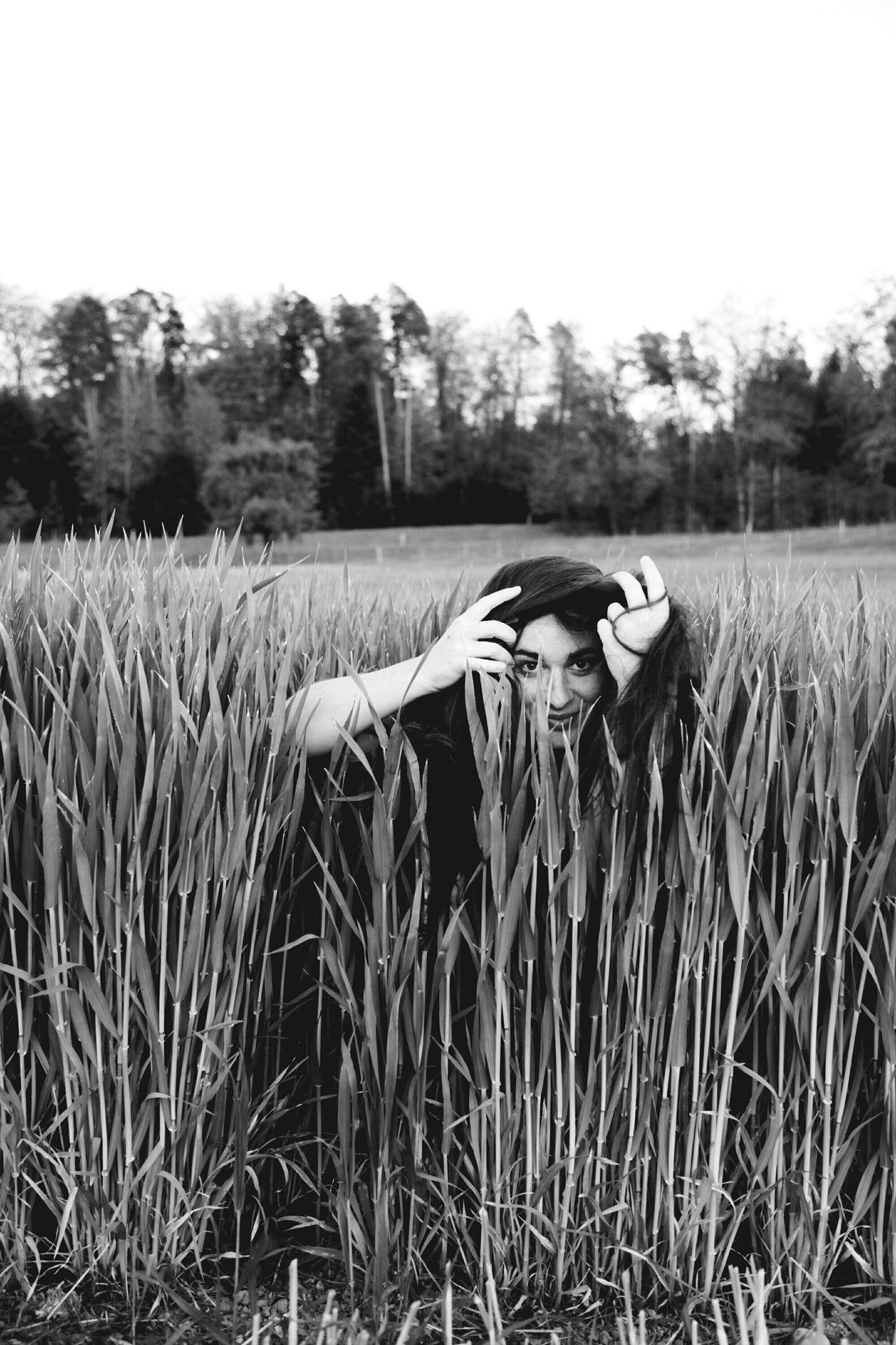 Woman Portrait Field People Growth Outdoors Real People One Woman Only Grass Tree Black & White Black And White Blackandwhite Creative Rare View Long Hair Woman Portrait Nature Hair Looking Hiding Break The Mold TCPM Art Is Everywhere The Portraitist - 2017 EyeEm Awards BYOPaper! Live For The Story