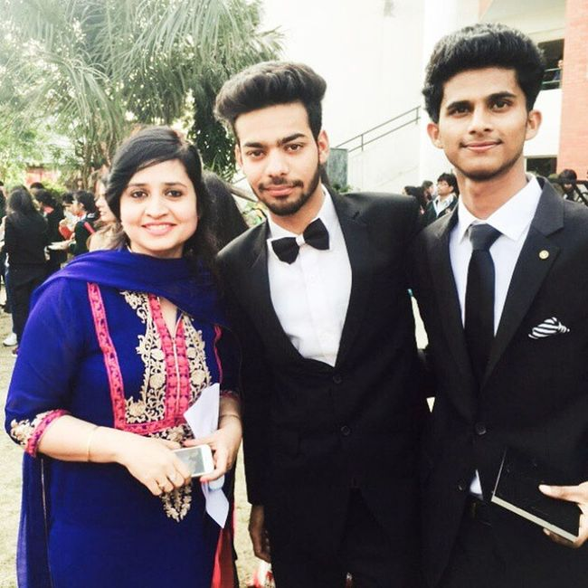 School Farewell Party 2015  Awesome Fun Friends Teachers Pic With Nidhi MAM Formals DPS Moradabad Class12th Dpsmbd Memories Memorableday February POTD Instaclick Instafun India Willmissthesemoments