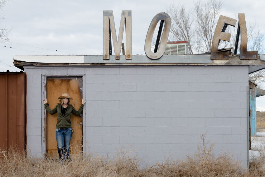 Building Exterior Built Structure Outdoors Beautiful Woman Rsa_ladies Trailblazers_rurex Discarded_butnot_forgotten Abandonment_issues Utah Motel Delle, UT Fresh On Market 2017