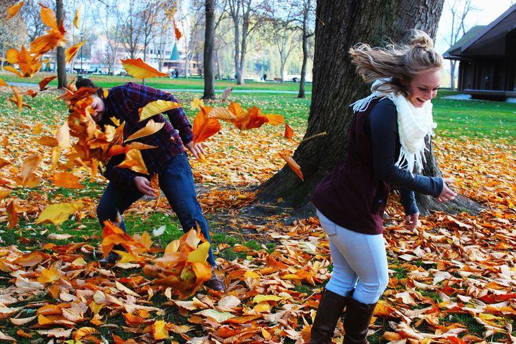 🍁🍁🍁 Autumn Outdoors Motion Nature Couple - Relationship Portrait Followme Photographer Canonphotography Canont3i Photography Business Romance Love Couple Shoot