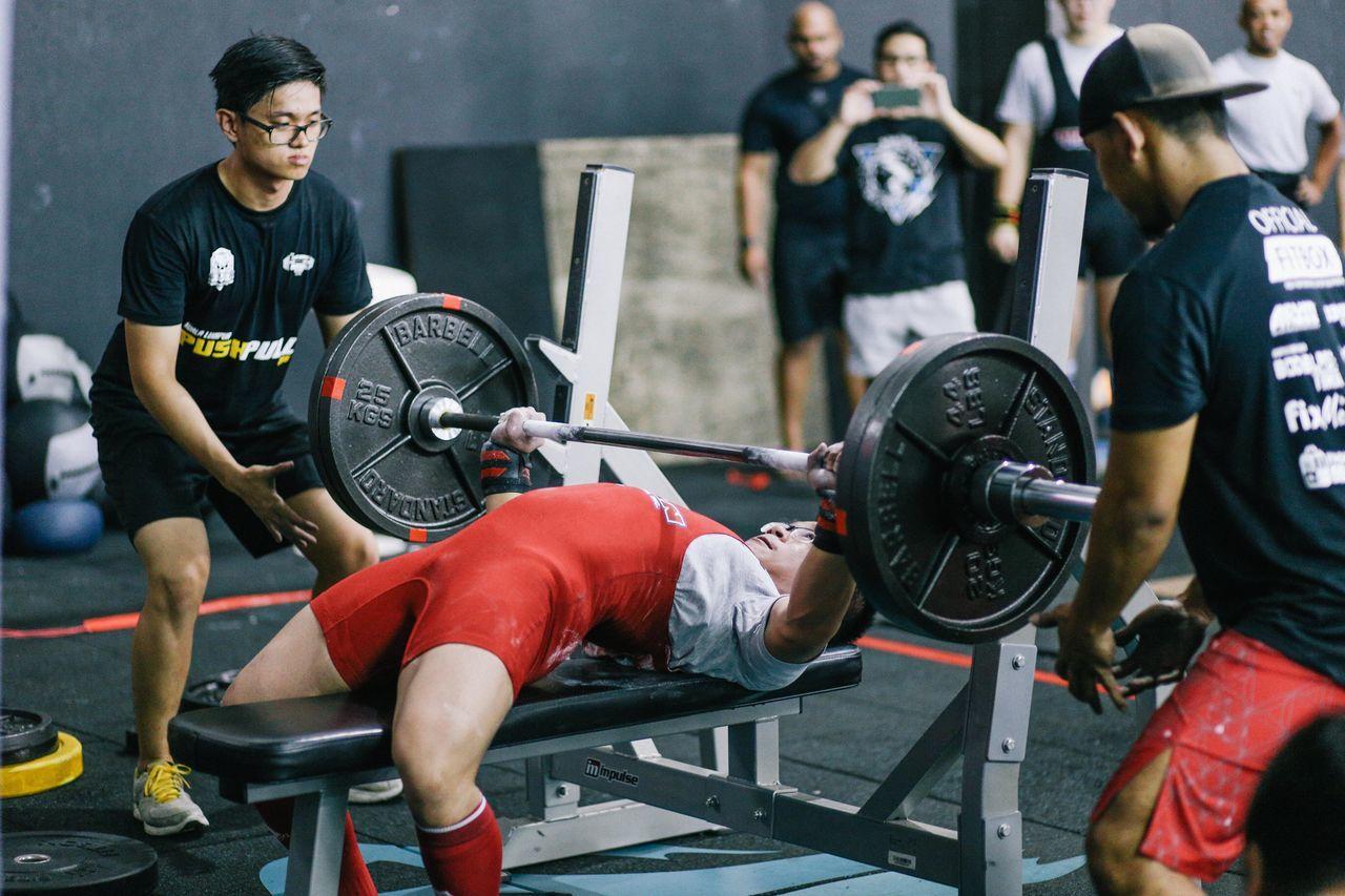 Pushpull 2015 Kuala Lumpur 25kg 45lbs Barbell Benchpress Events Heavylifting Powerlifting Pushpull First Eyeem Photo
