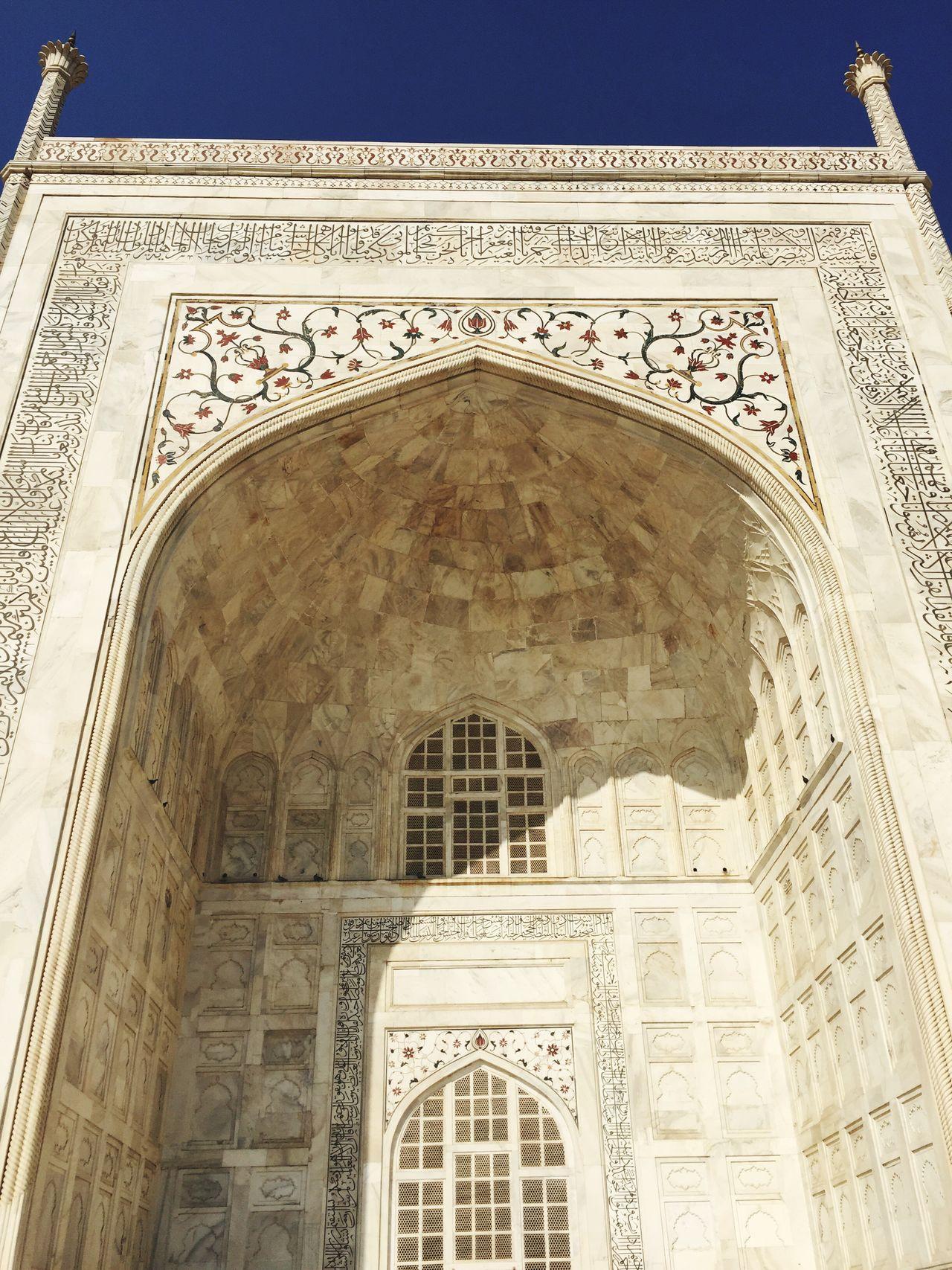 Architecture Mughalarchitecture History Wonders Of The World Mausoleum Tourism Monument Taj Mahal Incredible India Travel Destinations India