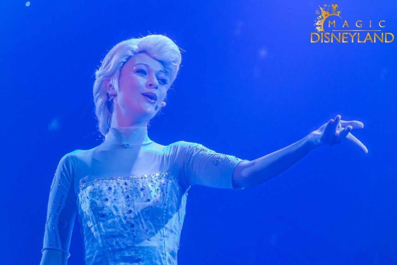 Blue Frozen One Woman Only Happiness Disneyland Paris Magic Disney Disneyland Disneyland Resort Paris Hdrphotography Waltdisney Disneylandparis Illuminated Elsa