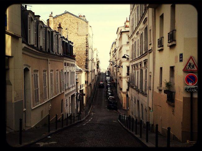 Montmartre View Traveling In Paris
