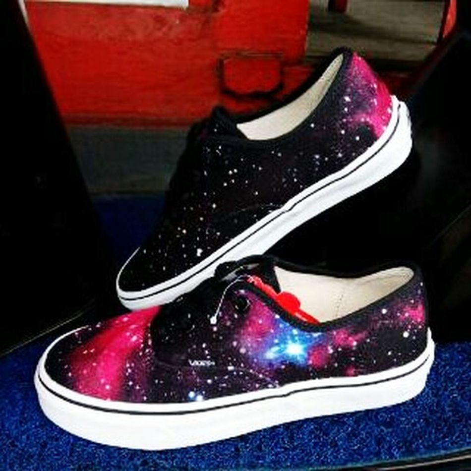 Beautiful Shoes Galaxy Likeforlike Followforfollow First Eyeem Photo Indonesia_photography Goodpicture