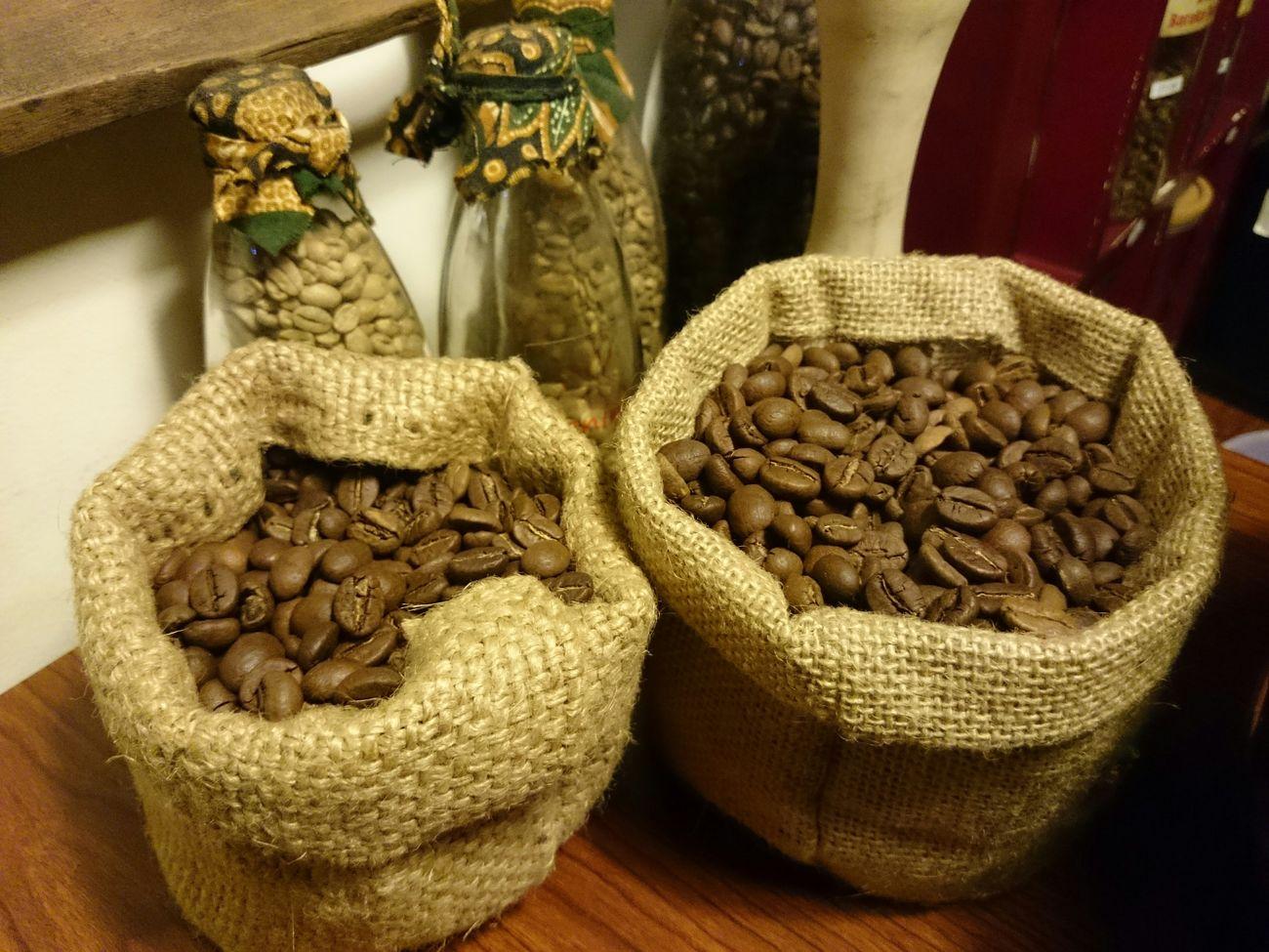 Hunting coffee Rumahkopiranin Bogorcity