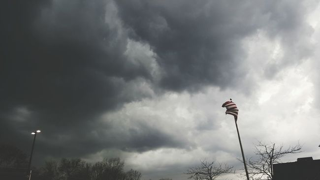 Taking Photos Storm Storm Cloud Sky And Clouds New Jersey Wind Flag Stormy Weather Weather Weather Photography