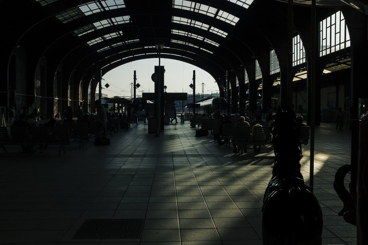 Eye4photography  EyeEm Light And Shadow Public Transportation Streetphotography Train Train Station Transportation Travel