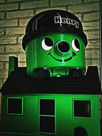 Henryの掃除機♬ まさかHenryのお家もあったなんて😅💦 Vacuum Cleaner Henry Home Appliances Green Color Hello World Cute KAWAII House Tadaa Community Tokyo