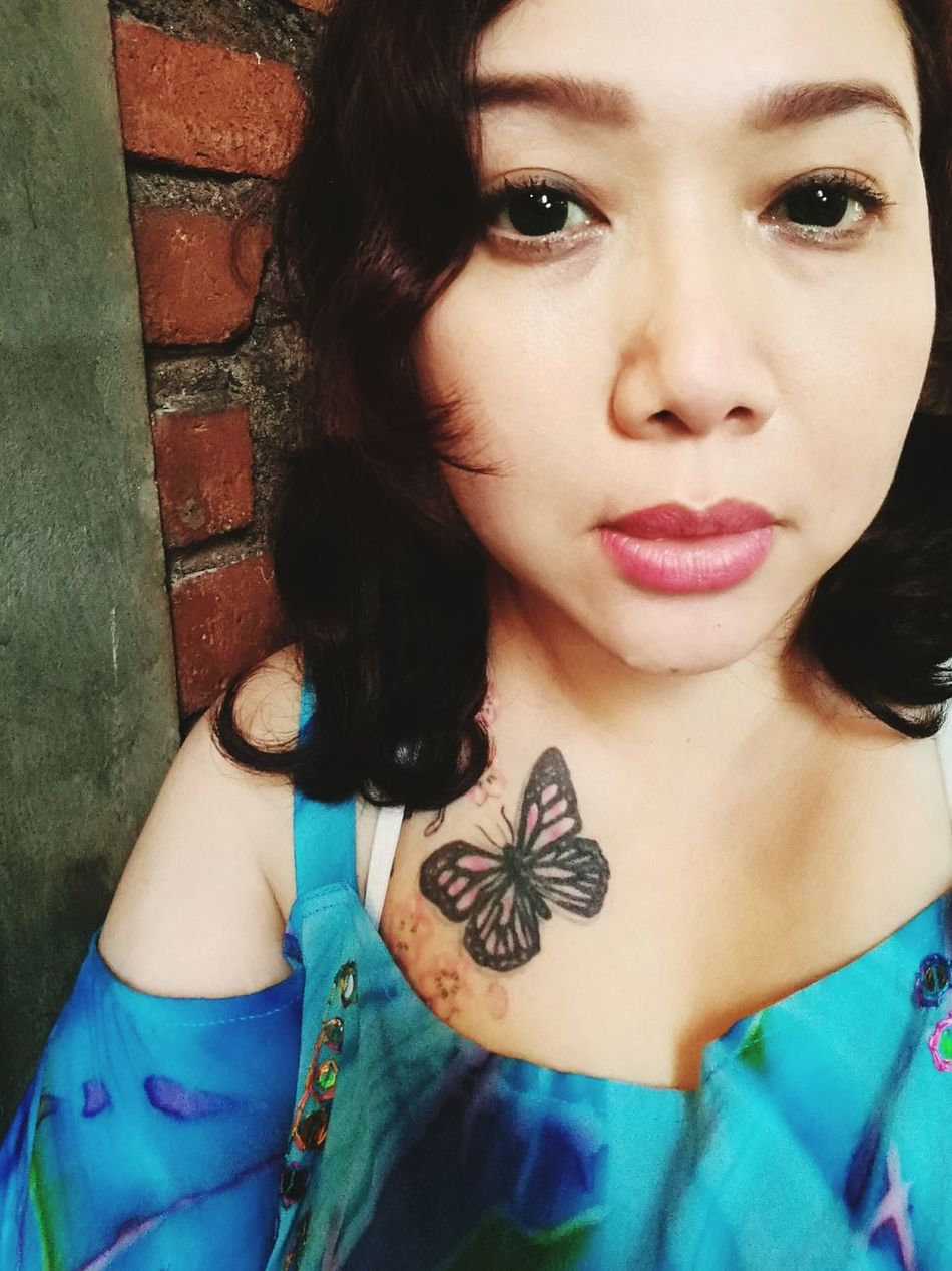 It's just me❤ Only Women One Young Woman Only Young Adult One Woman Only Young Women Butterfly ❤ tattoo Beautiful Woman Adults Only Beauty Portrait Headshot Long Hair Adult Fashion People Women Close-up Day Indoors  Naturebeauty Bali Pinkcheeks Cute Sexygirl