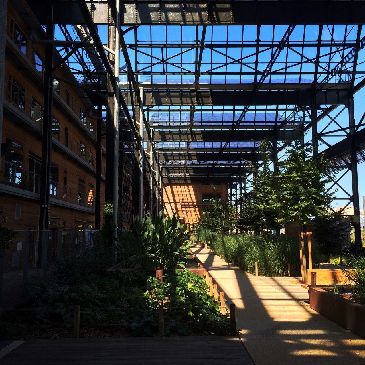 Rue Pajol Pajol Paris Renovation Inside Out Lachapelle Urban Spring Fever
