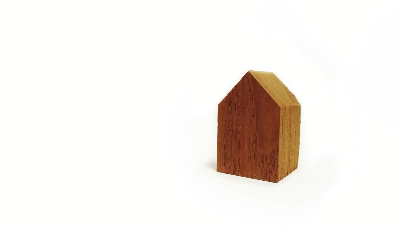 Day Single Object No People House Home Studio Shot Close-up Toy Business Finance And Industry White Background Toy Block Architecture Play
