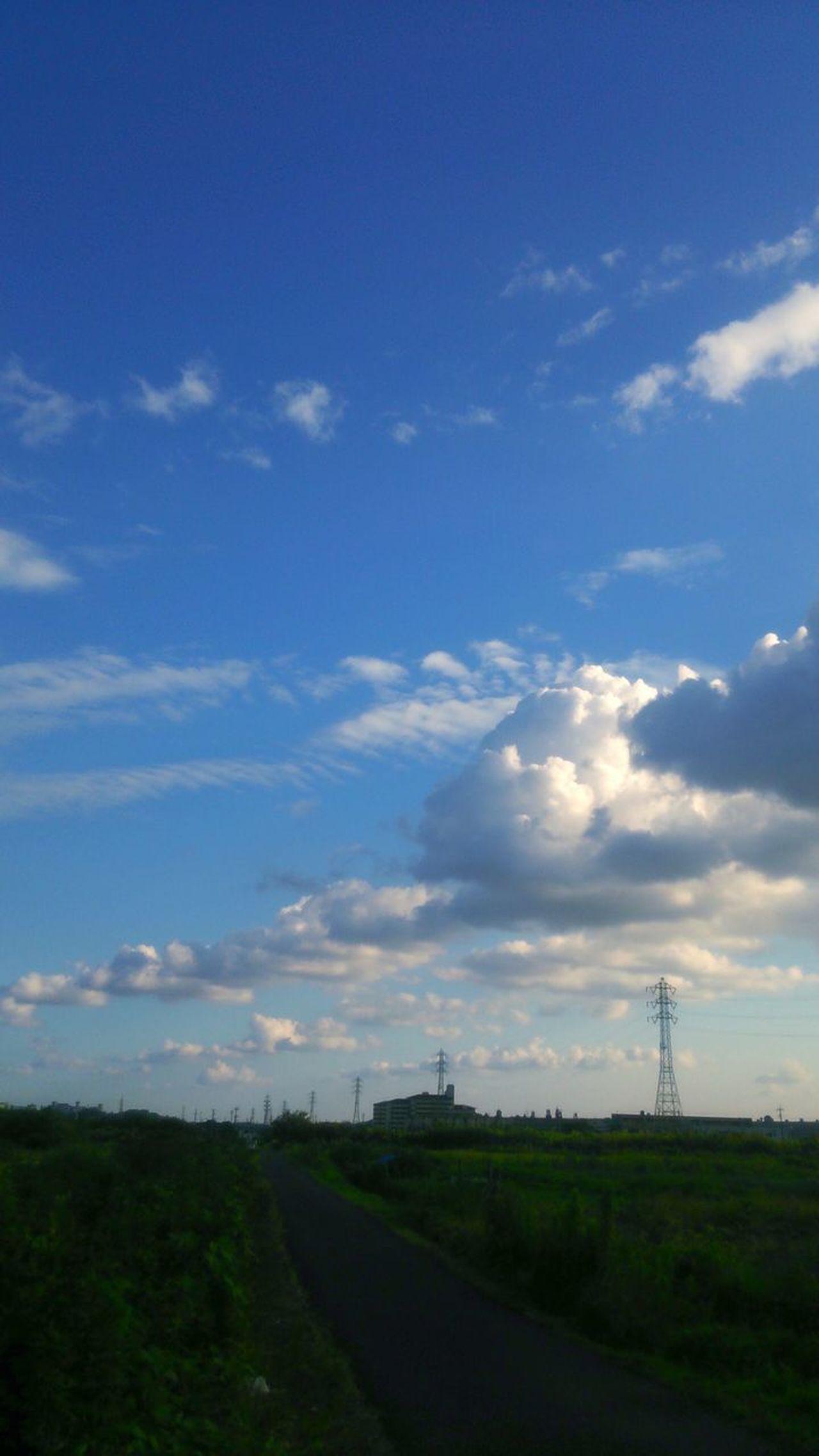 The Week On EyeEm Cloud - Sky Landscape Sky Taking Photos Eyeemphotography Cloud Japan 風景 景色 雲 空