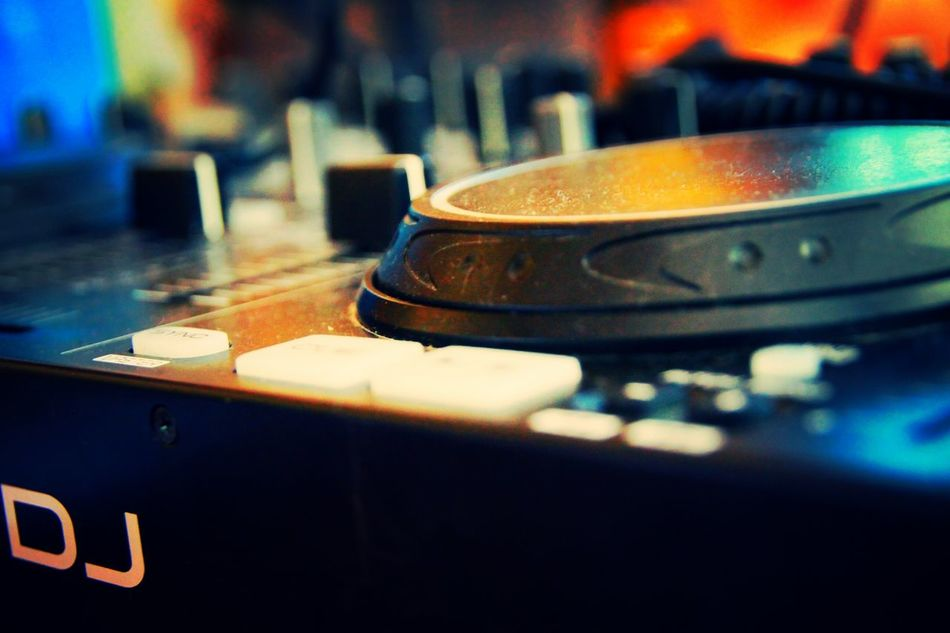 DJ Logon Denon DJ Music Record
