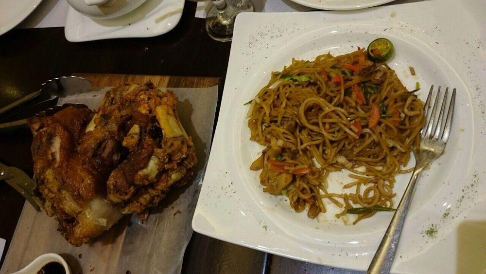 Food Porn Awards Filipino Dish Enjoying Life