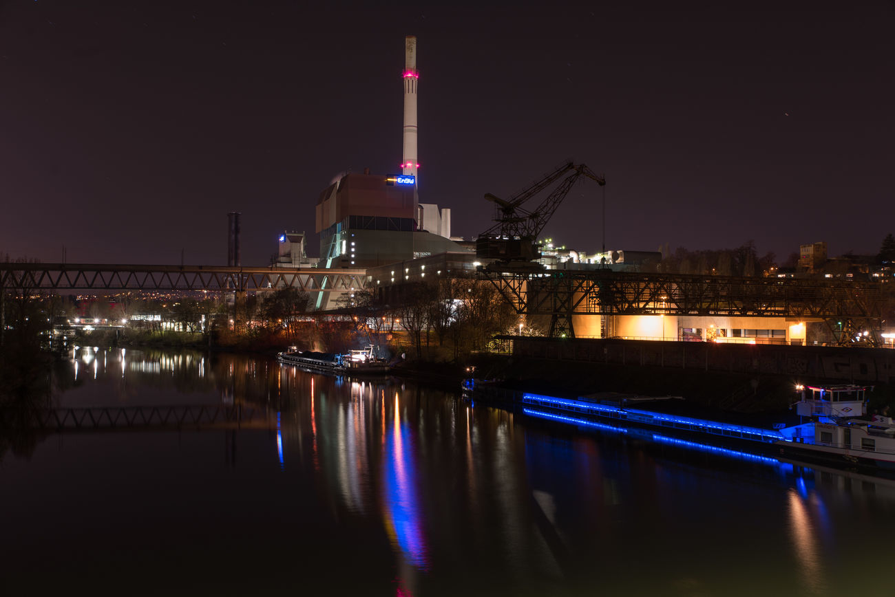 Architecture Architektur Enbw Fluss Fuel And Power Generation Industrial Landscapes Industrie Kamin Lichter Lights In The Dark Nacht Nachtfotografie Neckar Night No People Reflection Romantik Schiff Ship Sky Stuttgart Viaduct Viadukt Water