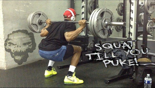 Squat till' You puke Fitness Training BodybuilderLifeStyle Bodybuildingmotivation Squat❤️