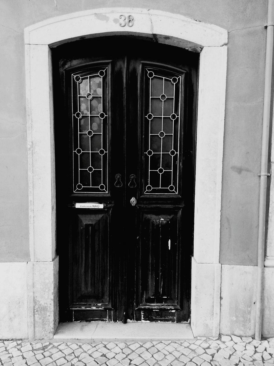 door, closed, entrance, no people, outdoors, architecture, built structure, day, building exterior, doorway, entry, open door, close-up