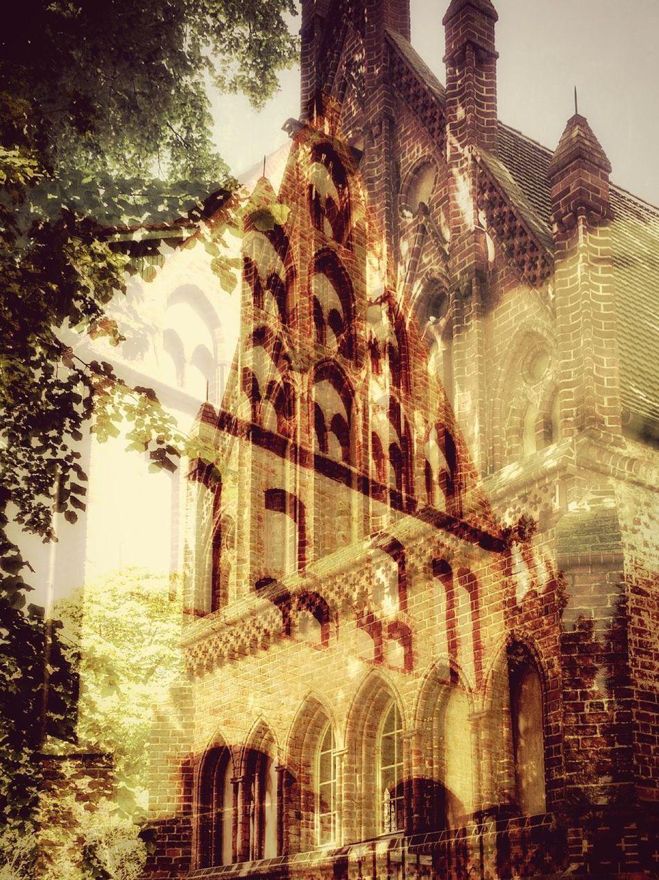 Doppelbelichtung Doubleexposure Kloster Lehnin Playing With Apps  BOB Brick Old Building Frontback Lovelysummerday