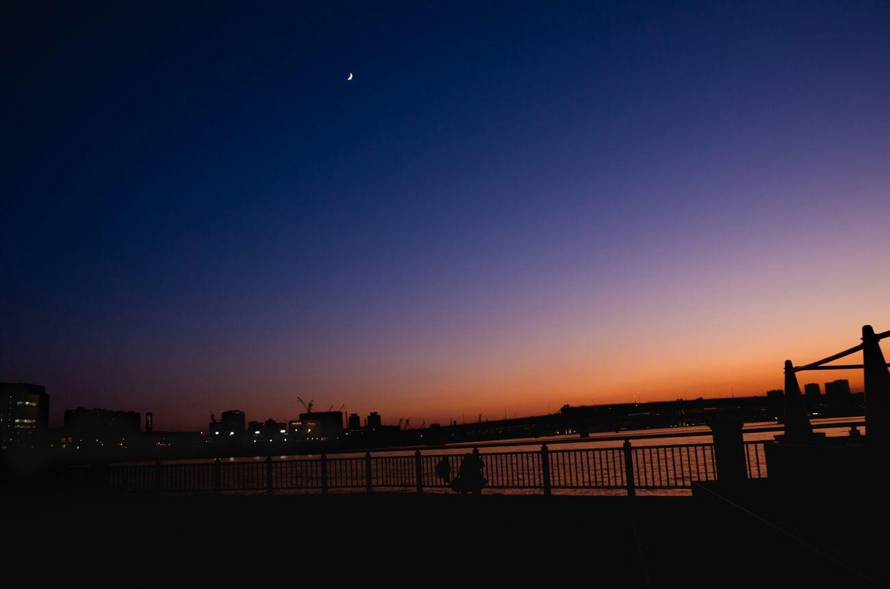 好きな街です The Changing City Toyosu Sunset Light And Shadow Dark Photography Night