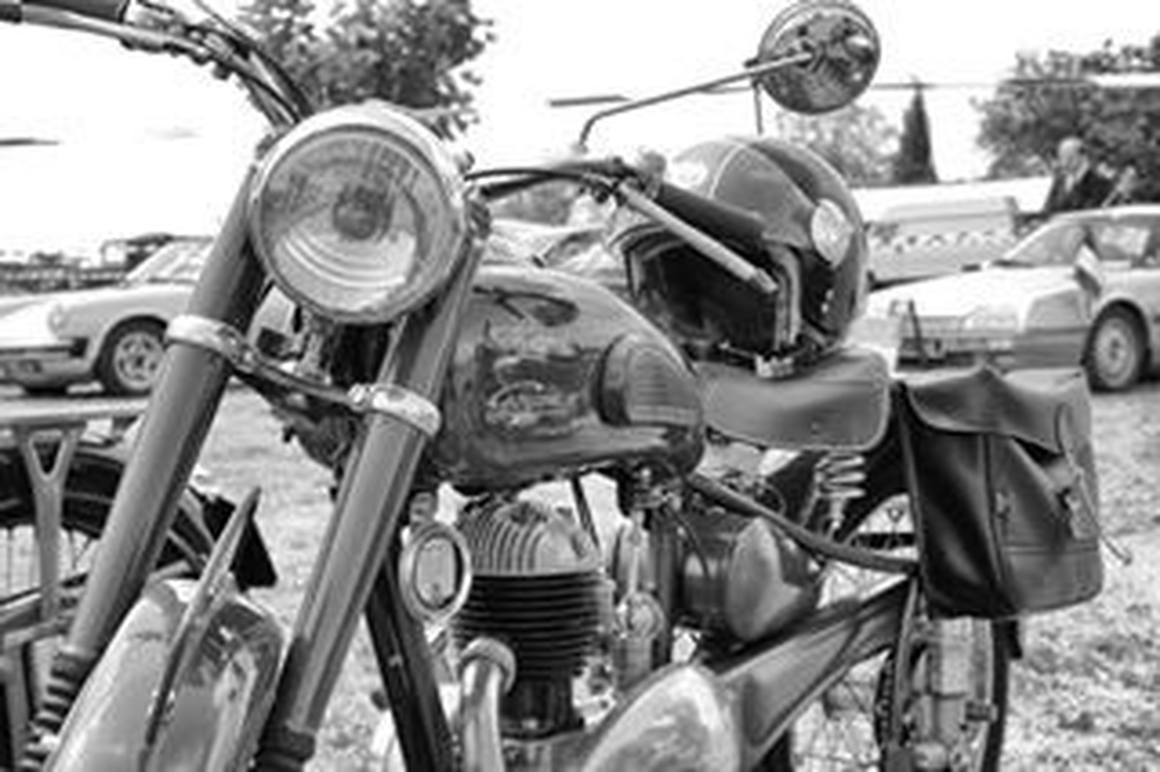 motorcycle, transportation, helmet, adults only, outdoors, day, people, handlebar, only men, adult