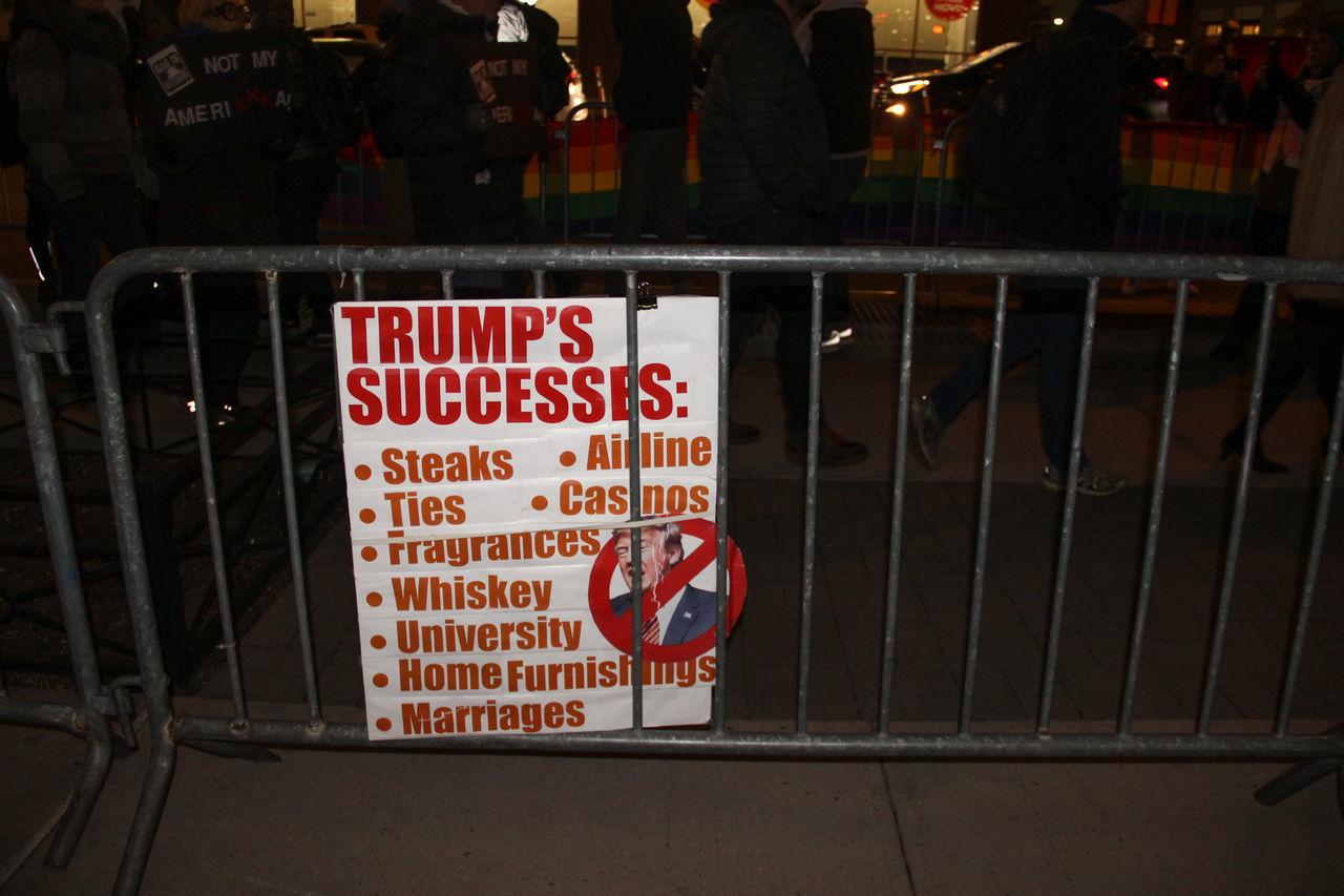 Anti-Trump Protest Anti-Trump Rally Night Demonstra Soho Trump Trump Successes