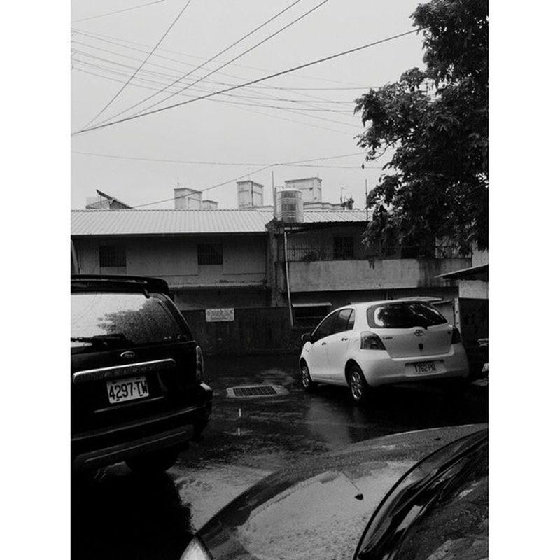 20160214 寒假的最後一天 也是在新竹的最後一天 麻煩了 下雨 收心 準備開學 新竹👉🏿高雄