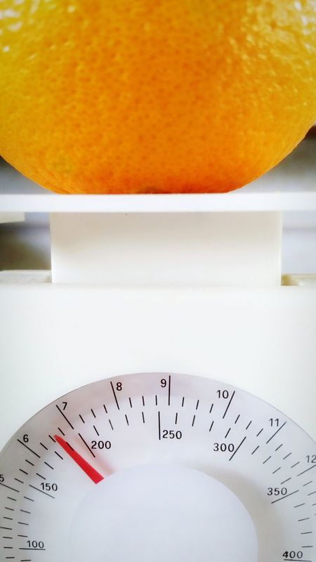 January Theme Numbers Indoors  Close-up No People Day Scale  Weighing Orange Fruit In My Kitchen Balance Dial Ounces Grams  Measurements Incremental Standard Weight The EyeEm Collection The Premium Collection