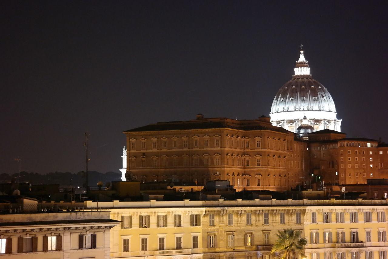 San Pietro Rome Roma By Night Rome Italy Italia Italy San Pietro In Vaticano Cupolone Cupolonesanpietro The Architect - 2016 EyeEm Awards Landscape Samsungphotography Samsung NX300