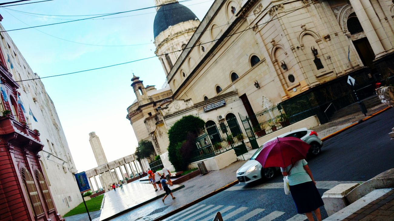 Umbrella☂☂ Red Color People City RosarioCity Rosario, Santa Fe Rosario, Argentina CallesConEncanto Travel Destinations Adapted To The City