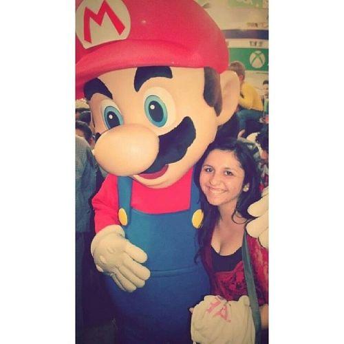 Foto vieja. Junto a Supermario en Festigame 2013